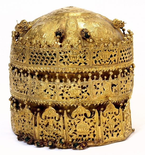 Crown, probably made in Gondar, Ethiopia, around 1740. Museum no. M.27-2005. © Victoria and Albert Museum, London