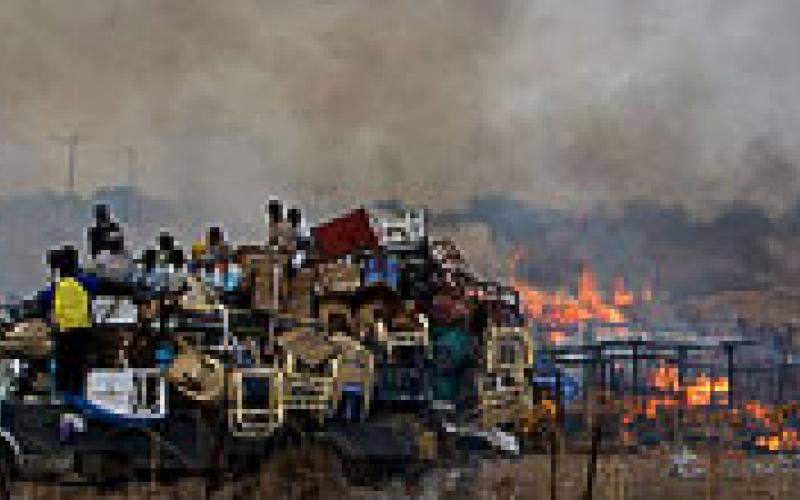 the genocidal war in sudan Un officials have sounded alarms about a potential genocide in south sudan's civil war the us ambassador to the un gives graphic examples, but says diplomats are sitting on our hands.